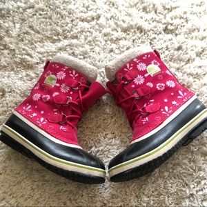 Women's Sorel pink floral Joan Artic boots 6